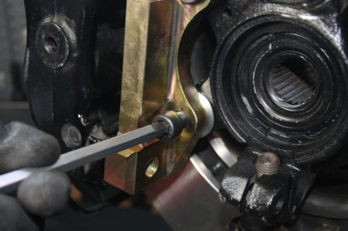 2019-02-08-11_56_28-Einbauanleitung-Montage-Bremssattel-Adapter-L-Halter-VIP-Bereich-Epytec-de-Kopie